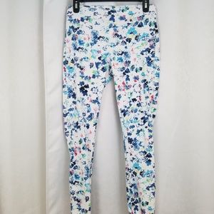 Like New Lildy Floral Jeggings Size Medium